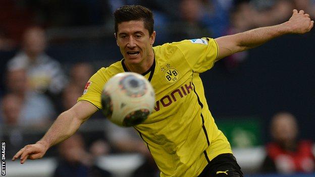 Gratis live stream VfB Stuttgart Borussia Dortmund Gratis live stream VfB Stuttgart   Borussia Dortmund (Bundesliga)